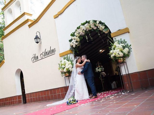 El matrimonio de Wilmar y Carolina en Medellín, Antioquia 24