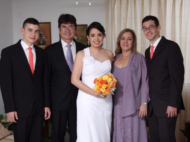 El matrimonio de Andres   y Andrea   en Cali, Valle del Cauca 8