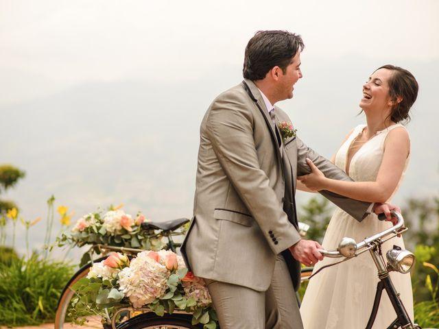 El matrimonio de Julian y Ana María en Medellín, Antioquia 19