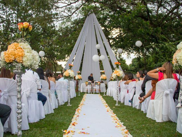 El matrimonio de Carlos y Paola en Cali, Valle del Cauca 2