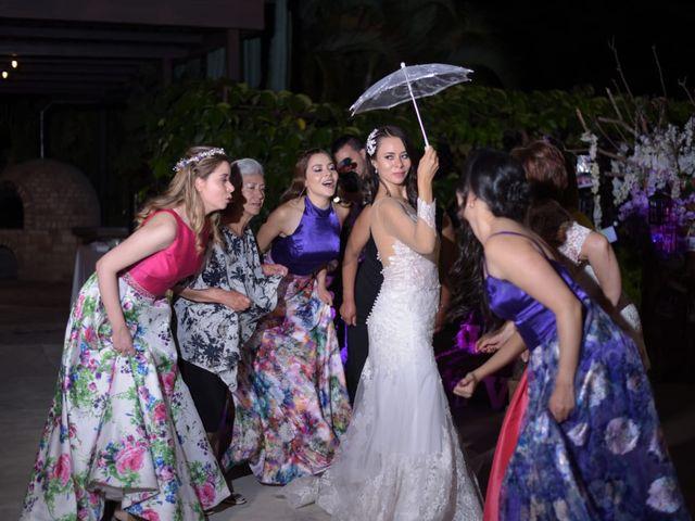 El matrimonio de Christian  y Michelle  en Pereira, Risaralda 15