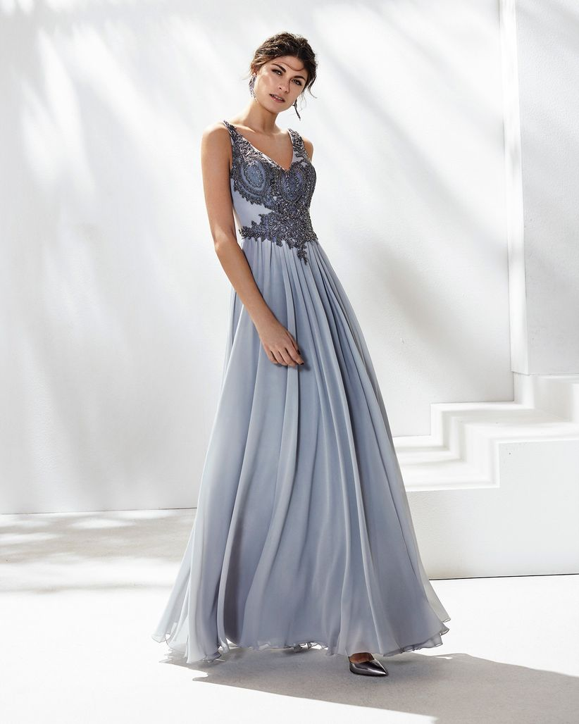 3a231335d Cómo deben vestir las hermanas del novio y la novia