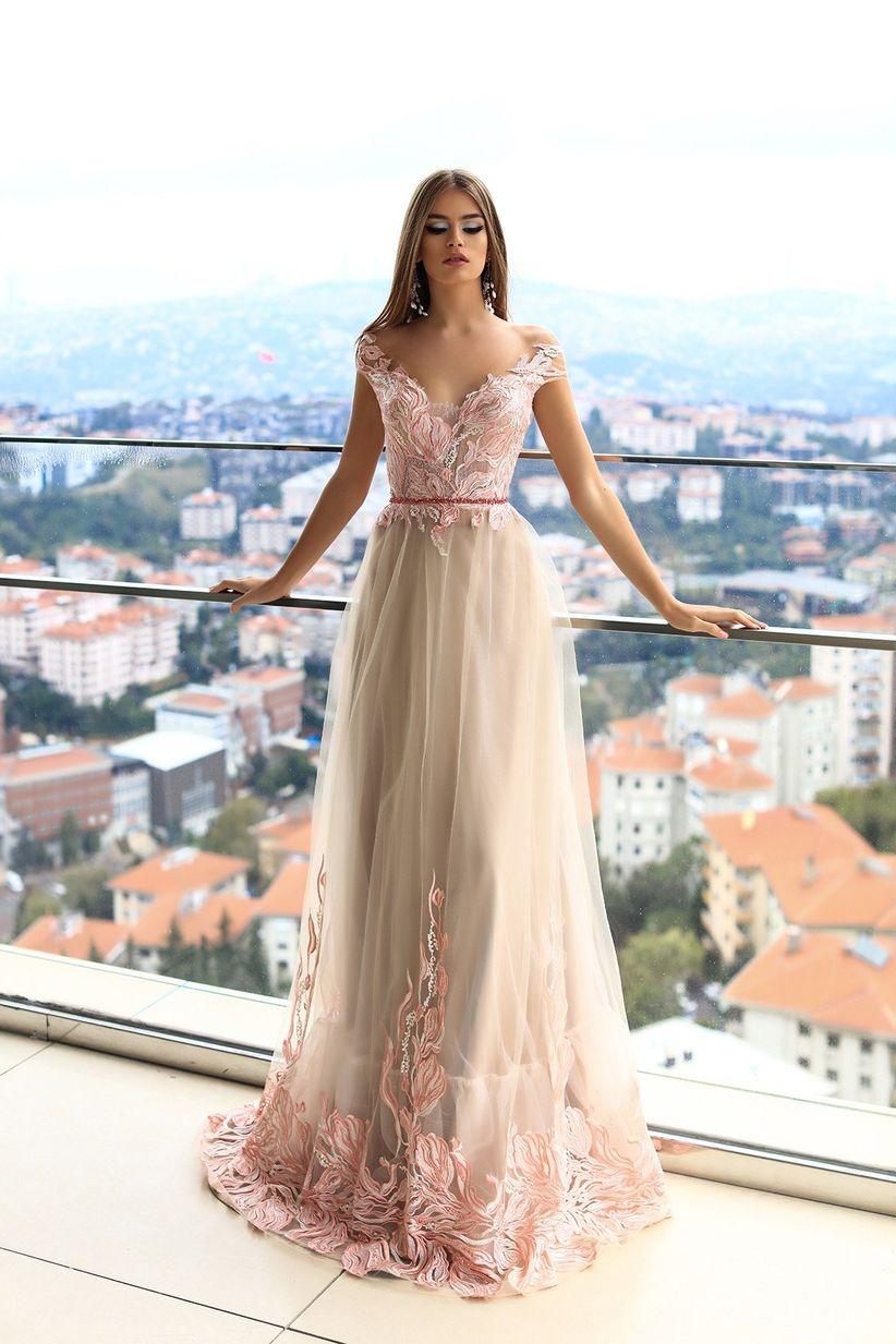 Vestidos largos elegantes en guipur