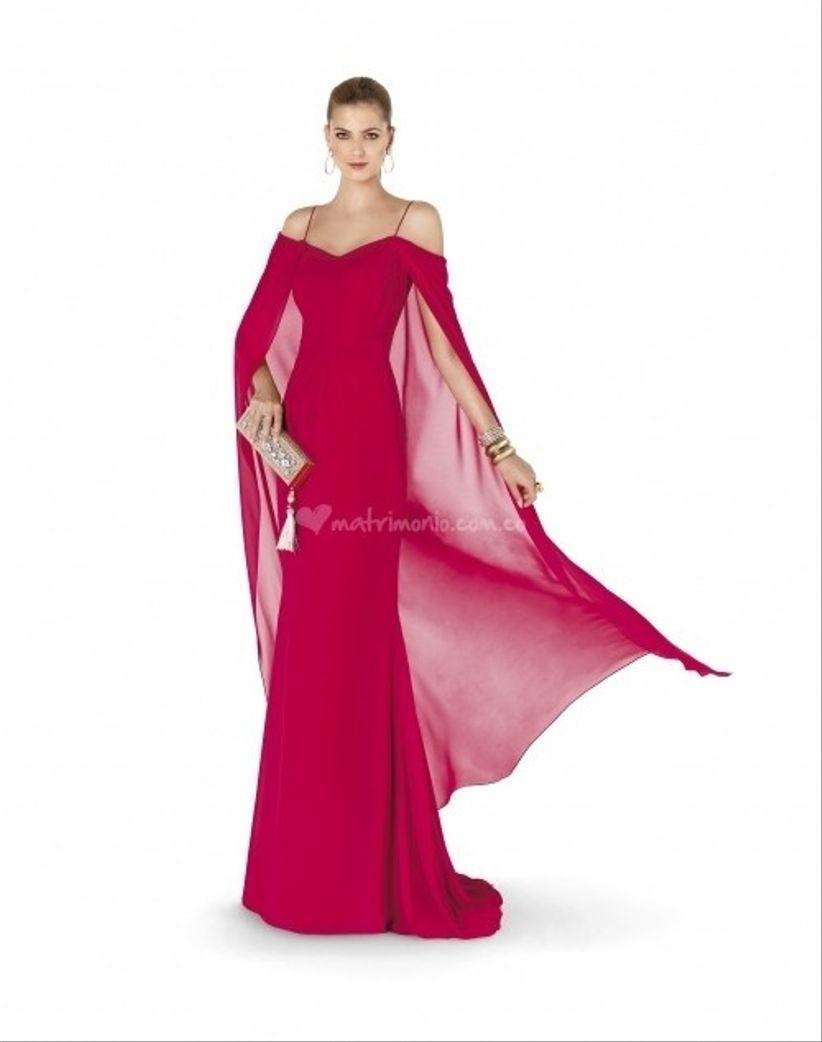 Glamour en los vestidos de fiesta Pronovias 2015
