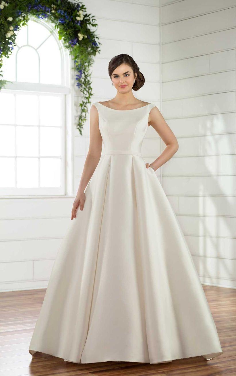 eeab24f693a Vestidos de novia sencillos: 45 diseños románticos y elegantes
