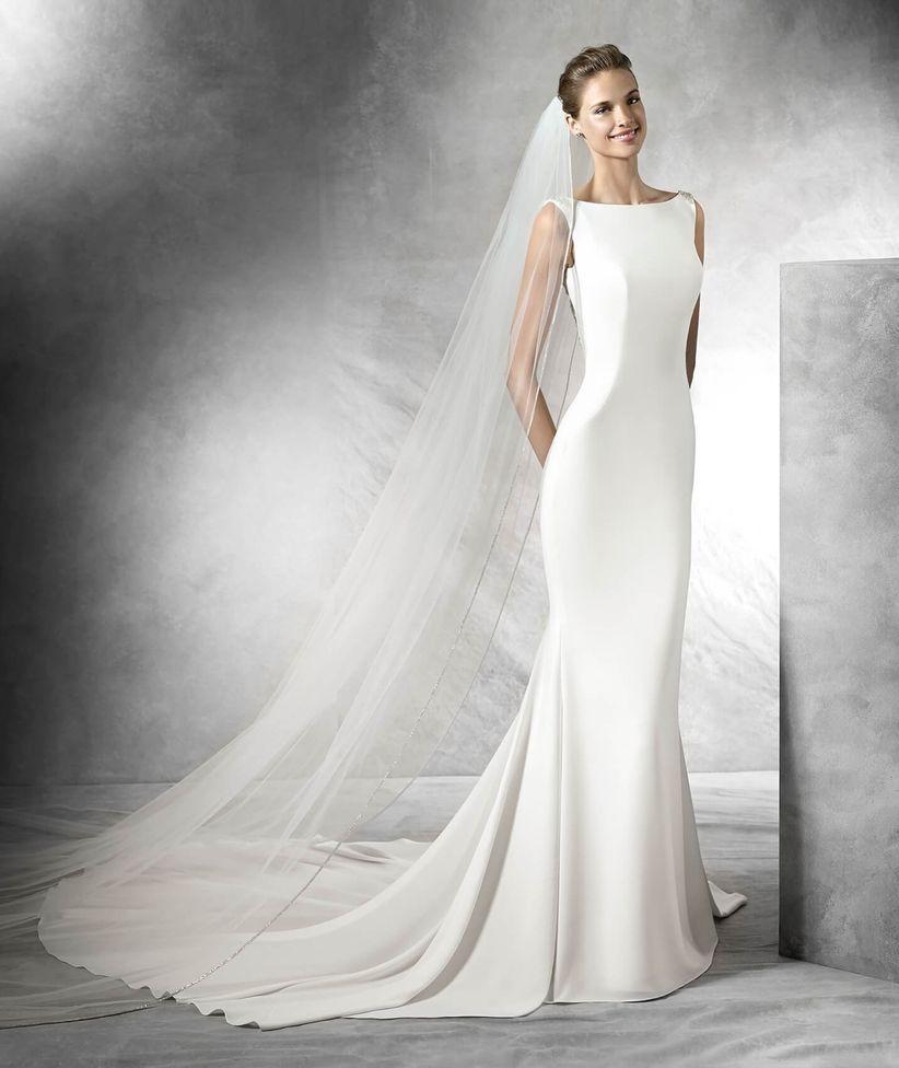 cb656fd44 60 vestidos de novia con colas increíbles