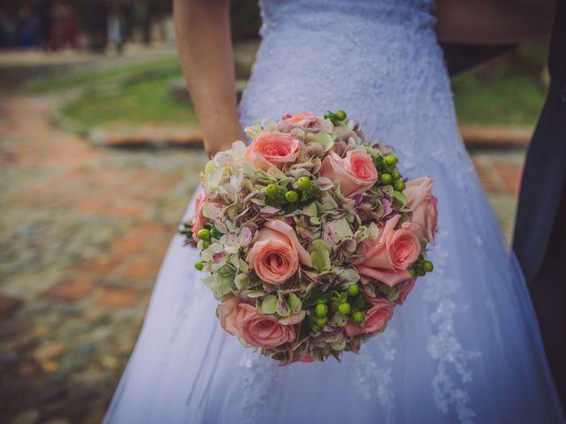Las rosas en el ramo de novia: la flor que inspira romanticismo