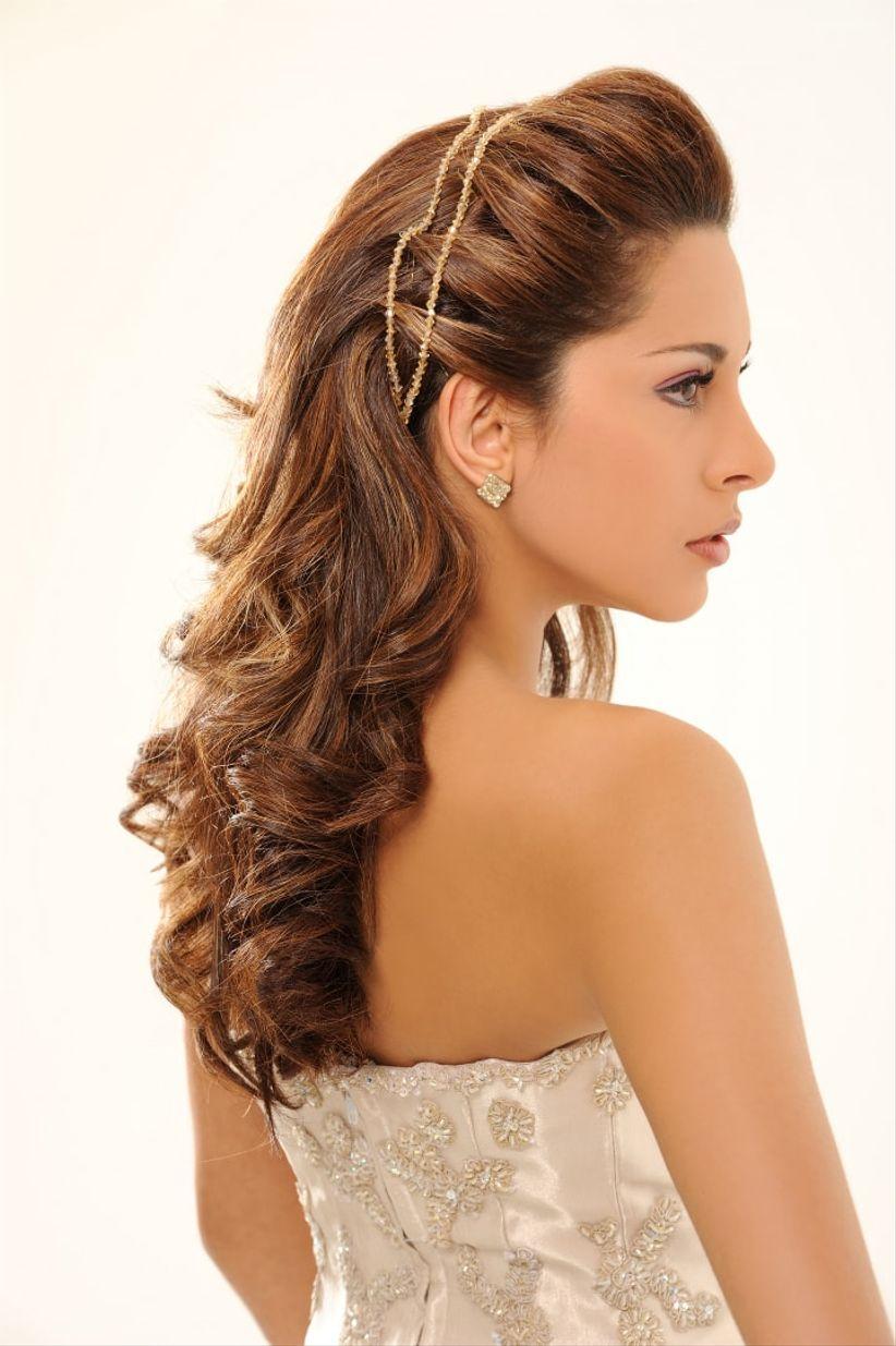 Peinado con crespos para novias - Peinados de novia con flequillo ...