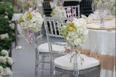 4 ideas para decorar las copas de los novios for Sillas para matrimonio