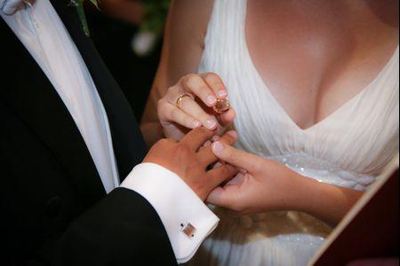 Tonifica tu pecho y luce un escote firme en tu vestido de novia