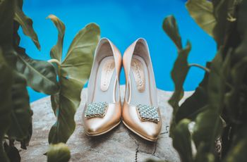 Zapatos con pedrería: 30 opciones que te harán deslumbrar como invitada