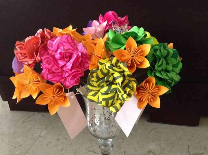 Flores y Papel