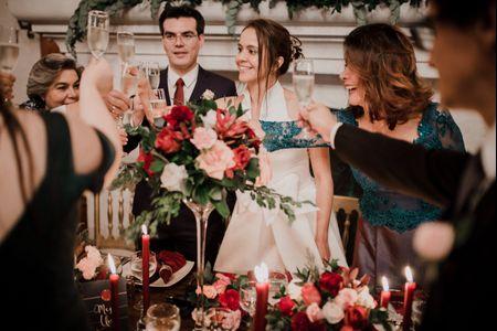 El brindis del matrimonio: cómo ayudar a la persona encargada de hacerlo