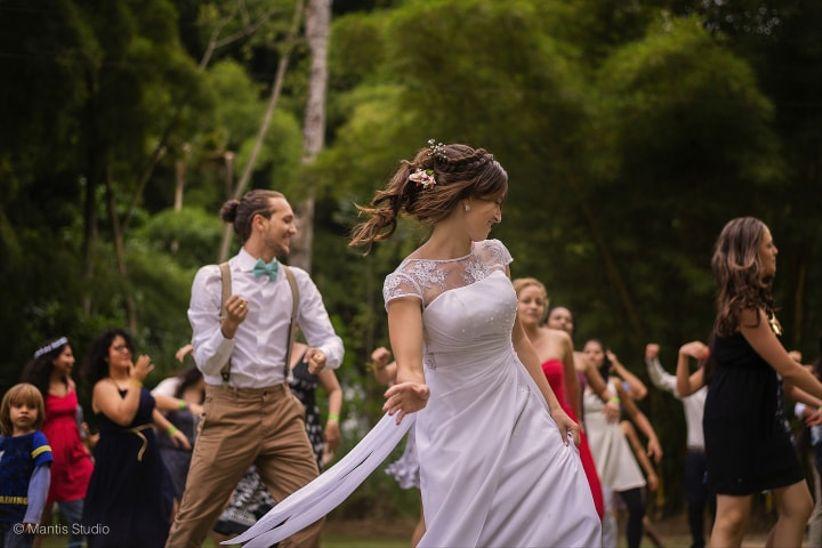 8ed14ed144 10 coreografías muy originales para abrir la fiesta de matrimonio