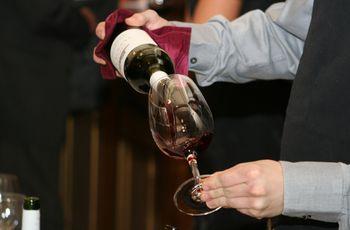 Eligiendo el vino para su matrimonio: consejos y recomendaciones