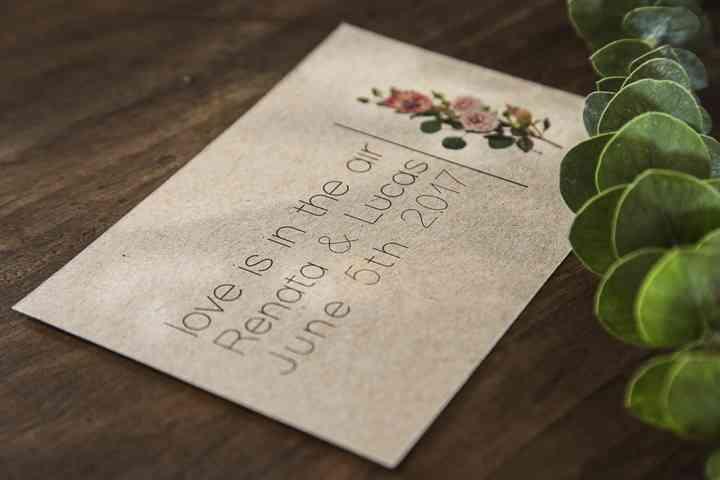 Las Tarjetas De Participación Para El Matrimonio