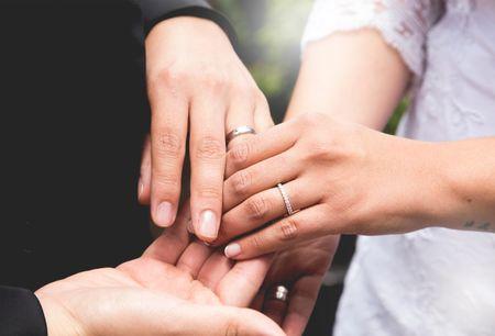 50 imágenes de anillos de compromiso:  una elección para toda la vida