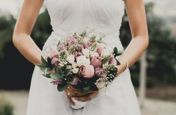 ¿En qué basarse para elegir el color del ramo de novia?