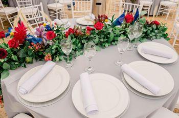 Preparación de las mesas para el banquete