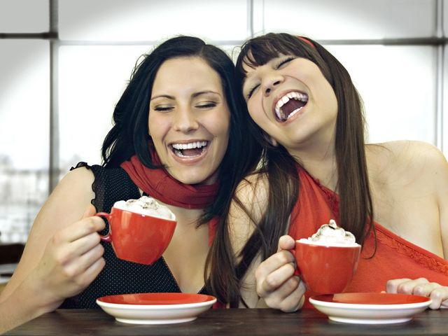 10 comportamientos que sólo tu mejor amiga entiende