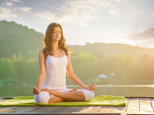 ¿Estrés preboda? descubre los beneficios del yoga antes del matrimonio