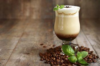 Postres y cócteles a base de café