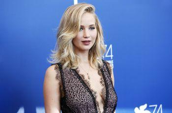 La famosa actriz Jennifer Lawrence se compromete