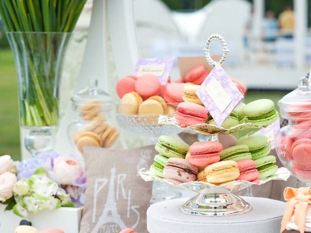¿Y si incorporan macarons al candy bar o mesa dulce de boda?