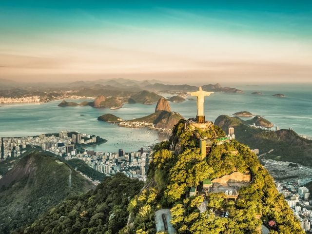 Luna de miel en Brasil: playa, brisa y mar