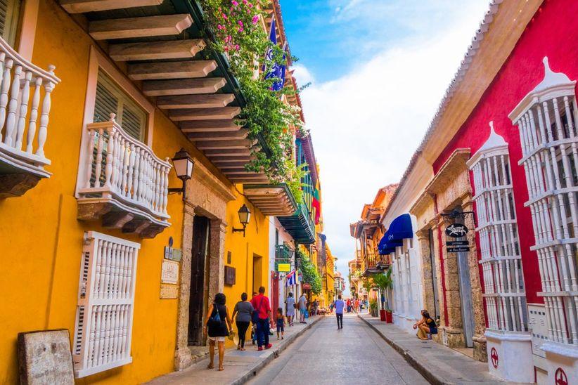 Calle N.ª S.ª del Carmen /por Plaza de Santo Domingo