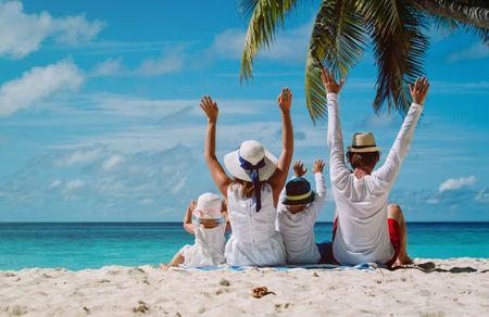 6 destinos para una luna de miel con niños
