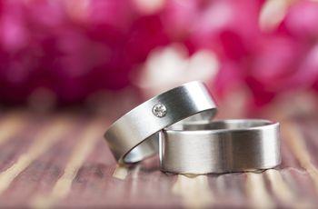 Argollas de matrimonio de titanio: hermosos y para toda la vida