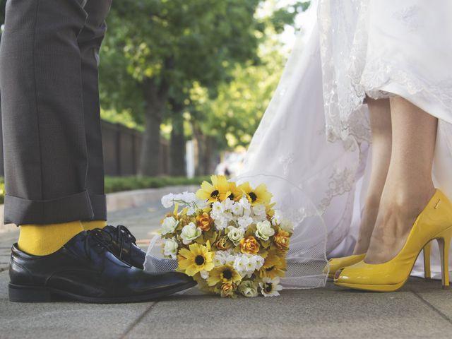Orlando, Francisca y un original matrimonio en amarillo