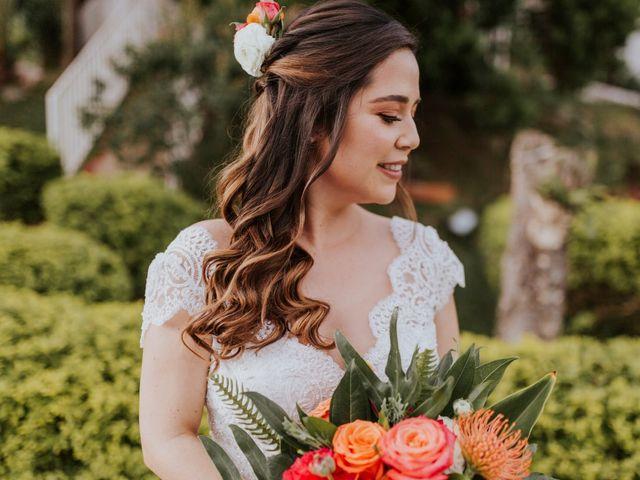 Peinados para novias de cabello rizado u ondulado