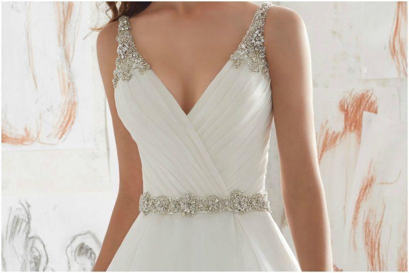 8e0985b90 Cinturones para vestido de novia  ¿por qué usarlos