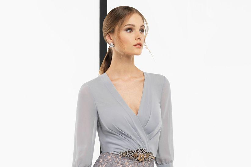 cómo deben vestir las hermanas del novio y la novia?