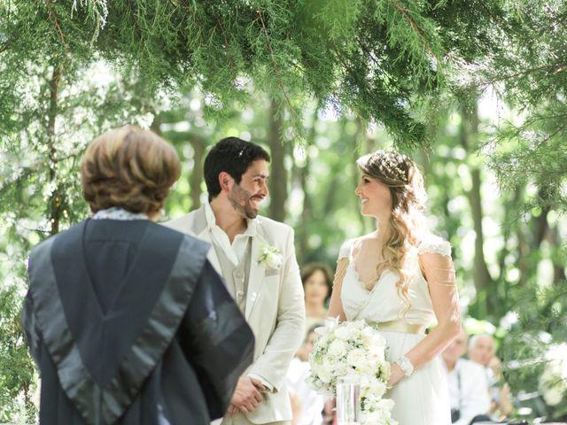 Oficiante para matrimonio civil: ¿un familiar o un profesional?