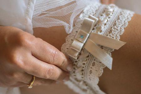 Significado de la liga de la novia y sus costumbres