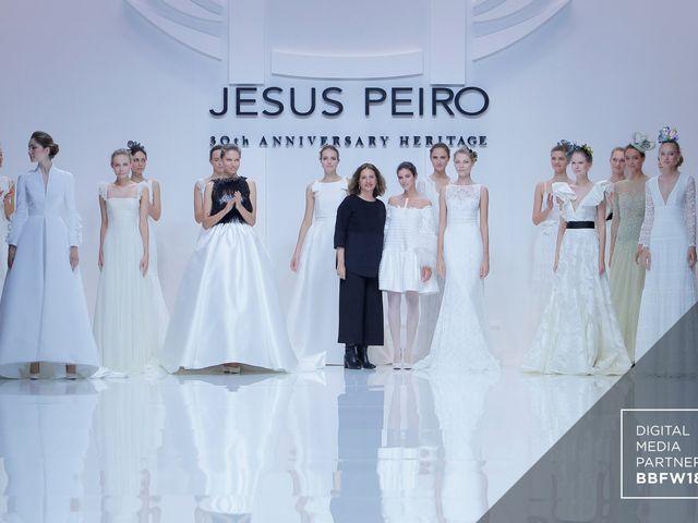 Vestidos de novia Jesús Peiró 2019: desfile de la Colección Heritage