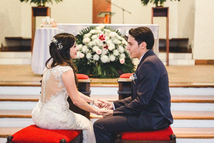 Resultado de imagen para Novios discutiendo frente al altar