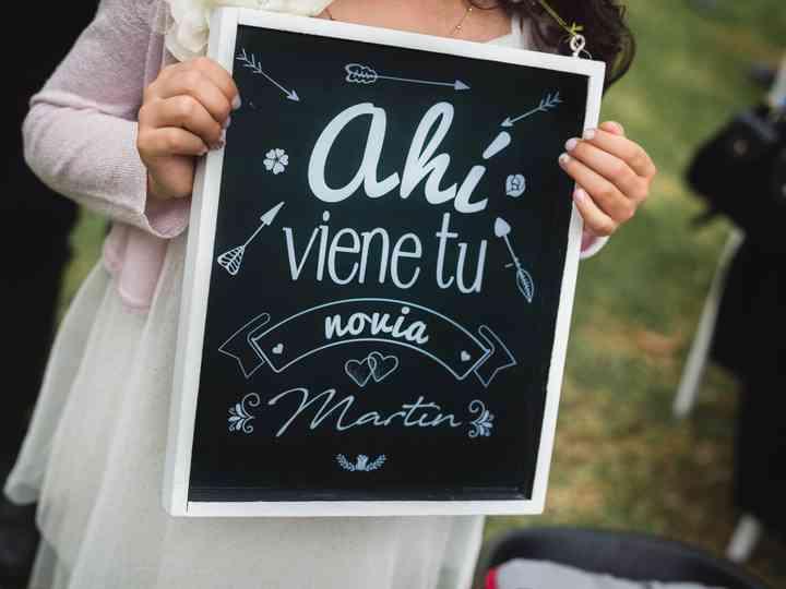 Ahí Viene El Amor De Tu Vida 22 Frases Para Anunciar La