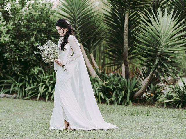 Vestidos de novia con cola o sin ella ¿tú cómo lo prefieres?