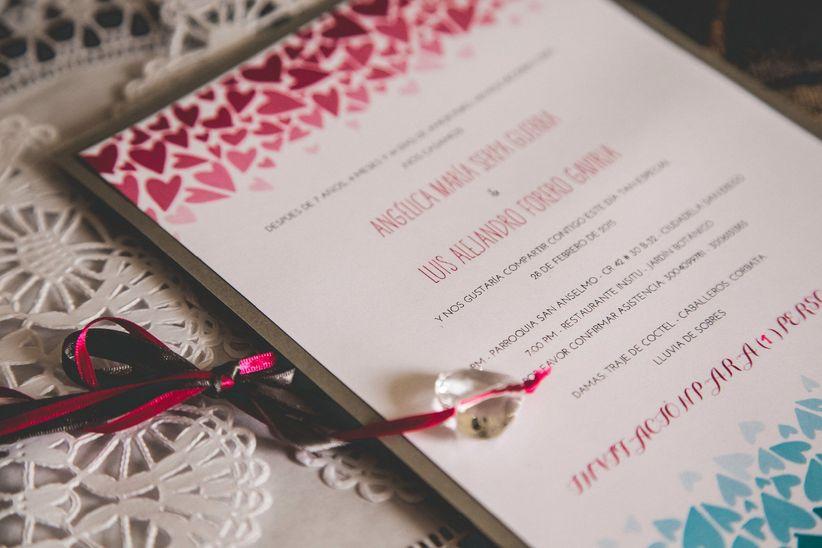 Invitaciones en forma de vestido de novia