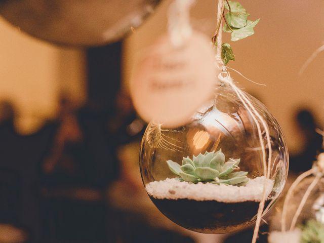 Decoraciones colgantes con recipientes de vidrio