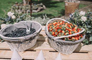Mesa de frutas para el banquete: una alternativa sana y muy deliciosa
