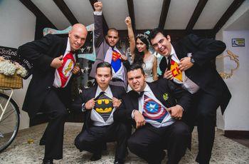 Cómo incluir la temática de súper héroes en el matrimonio
