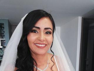 Bela Makeup Artist 1