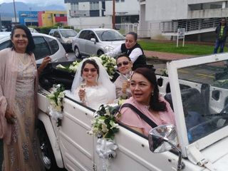 Lorenzo & Jerónimo VW Wedding Car 5