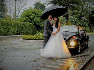 Lorenzo & Jerónimo VW Wedding Car 6