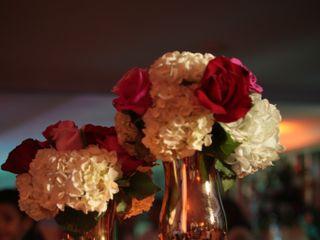 Paola Cely, Flores y Decoraciones 2